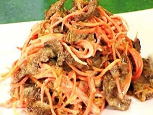 Салат с свиной печенью